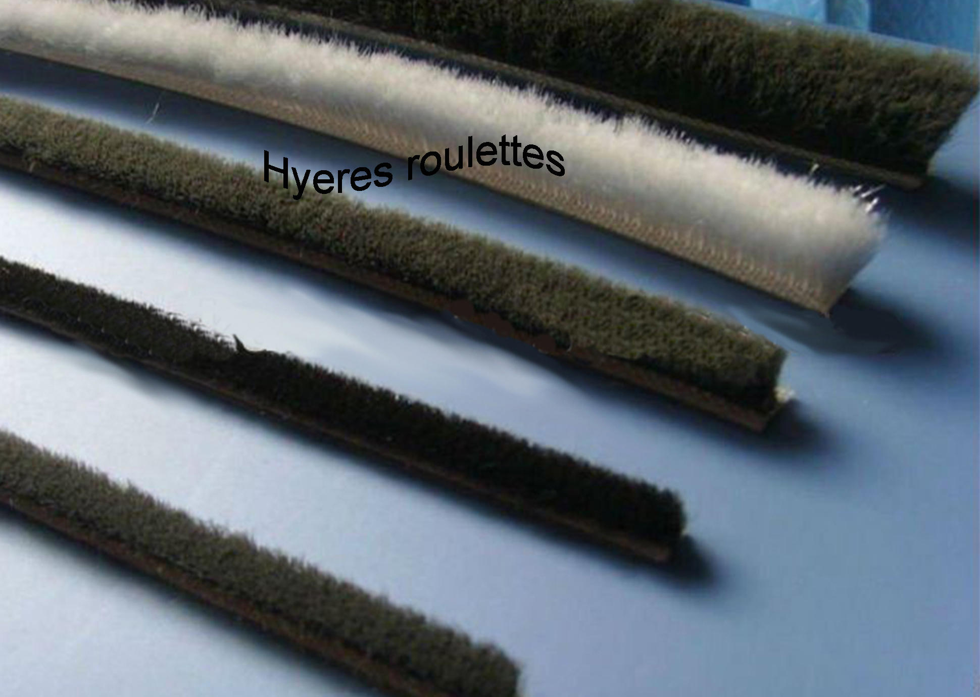 Hy res roulettes baies vitr e joints brosse for Joint fenetre coulissante